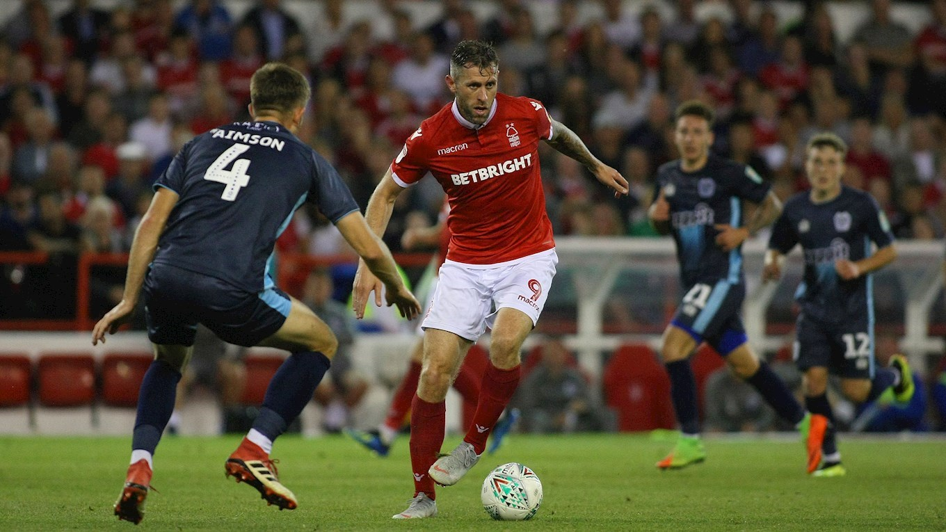 Daryl Murphy looks for options as he makes his move forward.